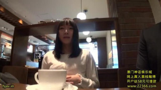 WSS-258 場違いな淫語 涼川絢音