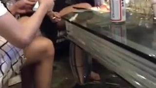 卡拉OK慶生找小姐微信發紅包脫衣慶祝