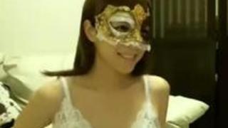 淫乱度チェーーック!風邪用のマスクは30%!ラバーマスクは60%!栄えある100%は仮面マスクなのどァ!