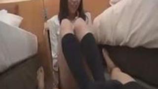 ぽっちゃりムチムチむっちりド変態な巨乳爆乳神乳おっぱいの女子校生が援助交際でヤッてる羨ましい映像がエロい!これは抜ける足