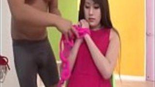 綾瀬麻奈子、おもしろいおもちゃのポルノを怠惰なマナーに -  JAVz.seから