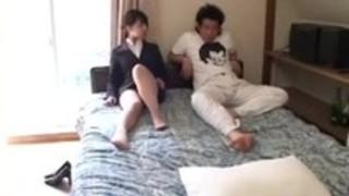 VIC-069を怒らせる日本の女子高生編集