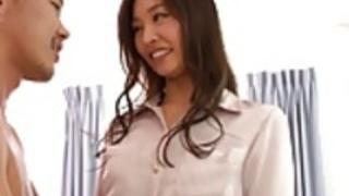 クソ小さなおっぱいとかわいい日本の十代の可愛い人