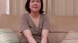 日本人ぽっちゃり熟女クリームパイサキの榎本36years