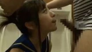 コスプレ フェラ 爆乳 コスプレイヤー トイレ