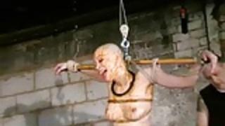ダンジョン緊縛中Kumimonsterの奇妙なアジアの屈辱
