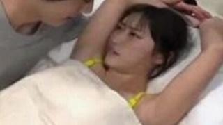 【本澤朋美】153cmCカップの清純でムラムラする美人子大生モデルを口説いて強引に中だしセックス三昧33【No12667】