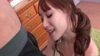 かわいそうなアジアの女の子、藤北絢香は吸って呑み込む